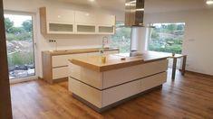 Fotoblog uživatele ambrozek | Modrastrecha.cz Kitchen Island, Home Decor, Island Kitchen, Decoration Home, Room Decor, Interior Decorating