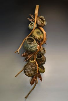 Matt Tommey Sculptural Wall Hanging with woven vine basketry Contemporary Baskets, Rustic Contemporary, Pine Needle Baskets, Modern Rustic Decor, Muse Art, Textile Fiber Art, Deco Floral, Weaving Art, Nature Crafts