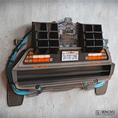 Delorean Back to the Future Shelf for Hot Wheels + 10 signs and decoration Back To The Future Party, The Future Movie, Hot Wheels, Delorean Time Machine, Bttf, Geek Decor, Ready Player One, Rubber Tires, Shelf Design