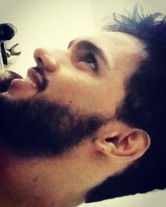 Pego de surpresa kkk  #barba #beard #barbas_pra_que_te_quero #man #boy #malehot by elizio_santossilva