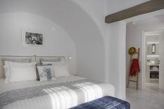 4 + 1 Bedroom Villa in Plaka area in Naxos! Proud member of Naxos Premium Naxos Greece, Aqua, Coral, Breeze, Nest, Swimming Pools, Villa, Relax, Luxury
