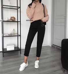 50 Simple Outfits Spring School For Women It has always been nice seeing children wear their school outfits. Outfits Spring, Fall Outfits 2018, Mode Outfits, Fashion Outfits, Night Outfits, Fashion Mode, Look Fashion, Korean Fashion, Womens Fashion