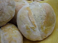 Portuguese Sweet Bread, Portuguese Recipes, Bread Recipes, Cooking Recipes, Yummy Food, Sweets, Baking, Dinner, Tasty Food Recipes
