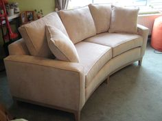 213 Cm X 101 Cm Curved Sofa, Two Base And Three Back Cushions With Oak