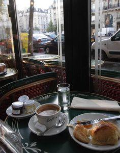 Cafe de Flore, St Germain des Pres | Flickr - Photo Sharing!
