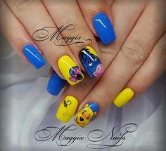 Winnie the Pooh nails, cute. Disney Acrylic Nails, Disney Nails, Best Acrylic Nails, Nails For Kids, Girls Nails, Disney Nail Designs, Nail Art Designs, Super Cute Nails, Pretty Nails