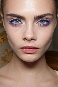 Ok, I don't really like this I just think it looks ridiculous and no one should ever be allowed to wear colored mascara.