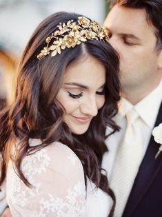 Gorgeous wedding hairstyle ideas; Photo: Rachel Solomon Photography