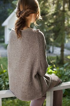 Hayward pattern by Julie Hoover - This is really something new! (pattern is 6.5 USD)