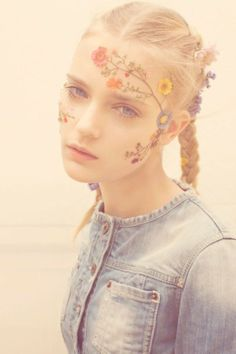 you can put flowers on anything! :: denim button-up & super lashes :: pull & bear ss 2011 [txema yeste]