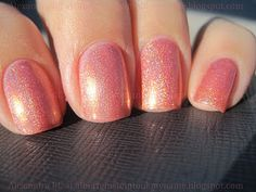 Perfect summer color. A little shimmer, a lot of fun!