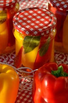 Calzone, Preserves, Food And Drink, Stuffed Peppers, Homemade, Canning, Vegetables, Chef Recipes, Cooking