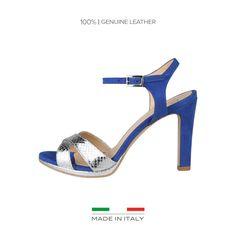Versace 1969 Abbigliamento Sportivo srl Milano Italia<br /> <br/>- Chaussures femme 100% MADE IN ITALY<br /> <br/>- Empeigne: 100% VRAI CUIR<br /> <br/>- Sandales, fermeture latérale avec boucle<br /> <br/>- Semelle intérieure: cuir<br /> <br/>- Intérieur: cuir<br /> <br/>- Semelle: thunit<br /> <br/>- Talon: 10 cm
