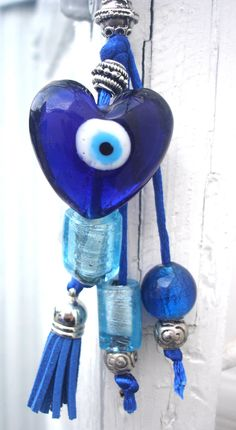 Good Luck Heart Greek lucky blue eye keychain by CarolinaHydra Blue Dream, Love Blue, Blue And White, Lucky Blue, Greek Evil Eye, Greek Blue, Greek Culture, Pink Eyes, Color Azul