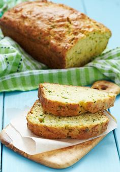 Cheesy Zucchini Bread - this recipe is ideal for breakfast or brunch. Simply spread with a little butter for a flavoursome delight. Wine Recipes, Mexican Food Recipes, Vegetarian Recipes, Artisan Bread Recipes, Baking Recipes, Loaf Bread Recipe, Zucchini Bread, Zucchini Banana, Crazy Cakes