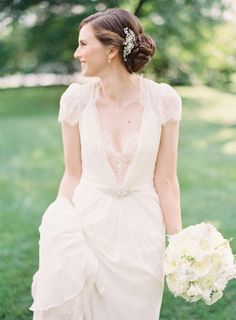 Bride in Jenny Packham | photography by http://www.claryphoto.com/
