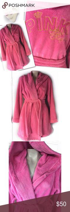 VICTORIA'S SECRET PINK ROCK ROYALTY FUZZY ROBE VICTORIA'S SECRET PINK ROCK ROYALTY FUZZY ROBE SZ XS / S PINK Victoria's Secret Intimates & Sleepwear Robes