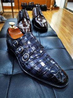 Mens Fashion Wear, Fashion Shoes, Best Dress Shoes, Gents Shoes, Crocodile Boots, Gentleman Shoes, Monk Strap Shoes, African Men Fashion, Dream Shoes