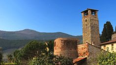 Vicopisano - This small and little known village hides a rich history. With 13 towers, ramparts of which 4 (semicircular towers) still visible in the walls, one senses immediately its economic and strategic importance due... to be continued on the website