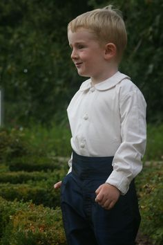 Navy Blue Pageboy Knickerbockers with Ivory Peterpan Collar Shirt from Little Eglantine Page Boys