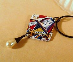 playing card pendant tutorial by Michelle L. in L.A. - thanks!
