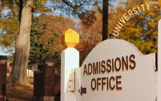 How to Find Trustworthy College Admissions Advice In the wake of the college admissions scandal how can students and parents figure out whats credible? Admissions Standards Colleges and Universities Tests and Examinations Financial Aid (Education) Law School Application, College Search, College Admission, College Fun, College Tips, College Essay, Home Schooling, Business School, The Help