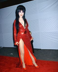 Get This Special Offer Elvira Cassandra Peterson Red Dress on Red Carpet Full length 8 x 10 Photo Cassandra Peterson, Goth Beauty, Dark Beauty, Vampires, Elvira Movies, Newest Horror Movies, Yvonne De Carlo, Dark Pictures, In Pantyhose