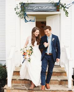 """""""Hey Southern Couples! Volume 8 from @southernweddings magazine is out today! Get your copy at Barnes and Noble or Targets in the South or online here …"""""""