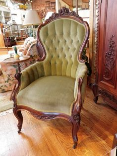 Superieur Antique French Tucked U0026 Tufted Arm Chair W/ Cabriole Legs ᘡղbᘠ