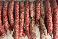 Trvanlive domace udene klobasy How To Make Sausage, How To Make Cheese, Sausage Making, Serbian Recipes, Russian Recipes, Salami Recipes, Smoking Meat, Food 52, Herbalism