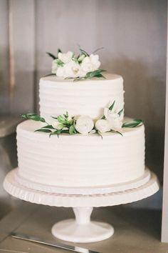 Simple Elegant Wedding, Elegant Wedding Cakes, Beautiful Wedding Cakes, Wedding Cake Designs, Simple Weddings, Beautiful Cakes, Blush Weddings, White Weddings, Cowboy Weddings