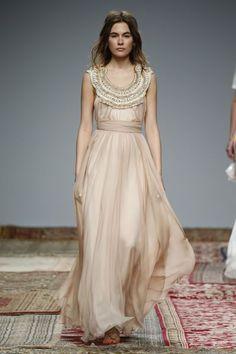 50 vestidos de noiva para mulheres com pouco peito: silhuetas e curvas perfeitas!  Modelo de Houghton.
