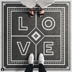 the fashion medley Let's be honest, the idea of words created out of mosaic tile is nothing new but this concept has made a bit of a resurgence as of Penny Tile, Foyer Decorating, Typography, Lettering, Personalized Books, Mosaic Tiles, Mosaic Floors, Mosaic Mirrors, Cement Tiles