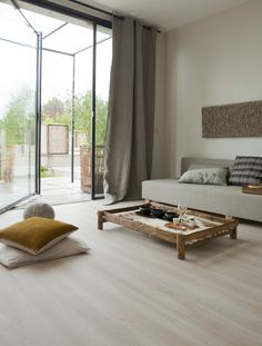 Texline HQR by Gerflor, color Legend White http://www.gerflor.com/int/floors-for-the-home/product-page/hitex-hqr-bois-carreaux,305.html