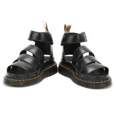 Dr. Martens Womens Black Romi Y Strap Sandals (€110) ❤ liked on Polyvore featuring shoes, sandals, chunky black shoes, black strap shoes, black strappy shoes, black strap sandals and strappy shoes