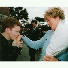 PRINCESS DIANA VISITING NOTTINGHAM, BRITAIN - JAN 1993 21 Jan 1993