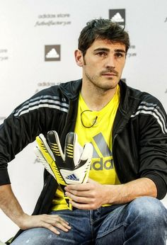 Iker Casillas - Iker Casillas Shows Off His Adidas Love
