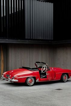 1957 Mercedes-Benz 190SL Roadster | R121 | Sport Leicht or Sport Light | Benz SL-Klasse Grand Tourer Convertible | 1.9L Straight 4 104hp | Almost 26,000 units were produced between 1955 - 1963 |...