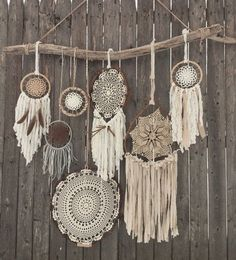 Driftwood Doily Dreamcatchers Wall Hanging - The ultimate boho chic focal piece adding a simplistic earthy elegance to any room or wedding decor with its rustic driftwood and pheasant feathers and neutral-toned mixture of various crocheted doilies and fa Los Dreamcatchers, Doily Dream Catchers, Dream Catcher Decor, Owl Dream Catcher, Deco Nature, Arts And Crafts, Diy Crafts, Crochet Doilies, Lace Doilies
