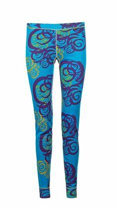 Myk og lett bukse i et strikket polyesterstoff med en QuickDry… Running Outfits, Winter, Pants, Women, Fashion, Moda, Trousers, Fashion Styles, Women Pants