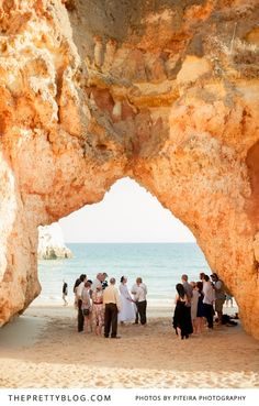 The perfect place for a wedding ceremony- Alvor beach in Portugal | Photographers: Piteira Photography
