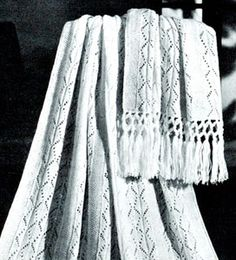 Snow Queen Afghan Pattern - get all the vintage knitting patterns you will ever want -> www.freevintageknitting.com <- wonderful site