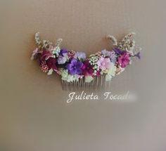 Blog sobre Tocados y accesorios para bodas, diademas de comunión y arras. Sombreros, Pamelas artesanales y Flores realizadas en tela