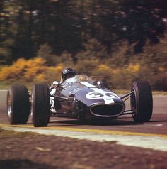 Dan Gurney in his winning Eagle at Belgian GP 1967 F1 Racing, Racing Team, Road Racing, Dan Gurney, Dry Sand, Formula 1 Car, Speed Racer, New Engine, Car And Driver