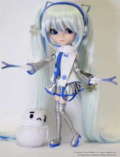 Pullip Dolls Miku LOL   Pullip Snow Miku - Vocaloid