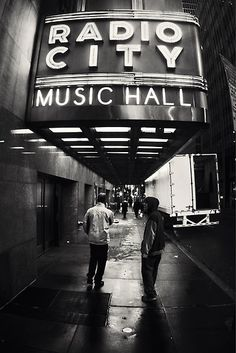 Radio City Music Hall:: Home of the Rockettes ~ my Aunt Gloria was a Rockette in the mid-50's ;)