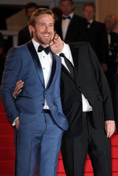 ライアンゴスリングライアンゴスリングと監督ニコラスワインディングレフンは、カンヌ映画祭で彼らの新しい映画 ドライブの上映のためにレッドカーペットで見られる。