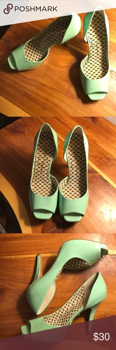 Teal Jessica Simpson peep toe heels Teal peep toe heels, small nic on toe from where I tripped once  🙈 Jessica Simpson Shoes Heels