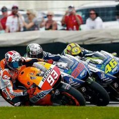 Marc Marquez, Jorge lorenzo and Valentino Rossi battling for 1st at Indianapolis 2014, amazing how close together they get! Honda, yamaha.
