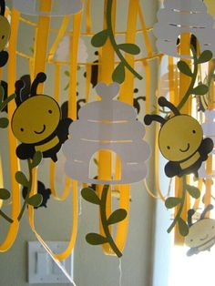Bumble bee birthday decoration love this for around the table lighting! Bee Crafts, Diy And Crafts, Crafts For Kids, Paper Crafts, Bumble Bee Birthday, Mommy To Bee, Bee Theme, School Decorations, Spring Crafts